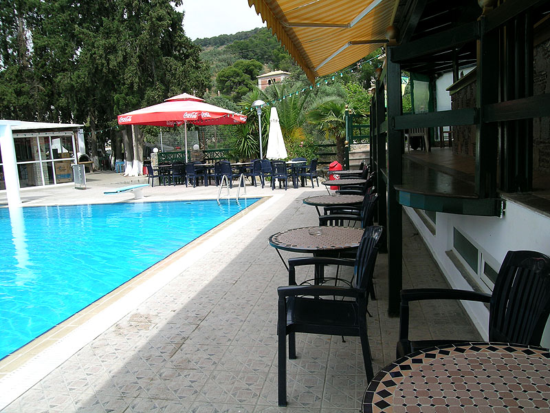 Cafe beside the pool
